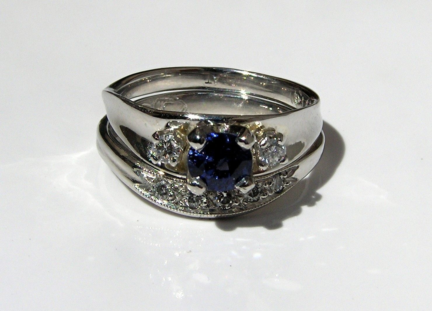 custom made platinum wedding ring set with sapphire diamond - Platinum Wedding Ring Sets