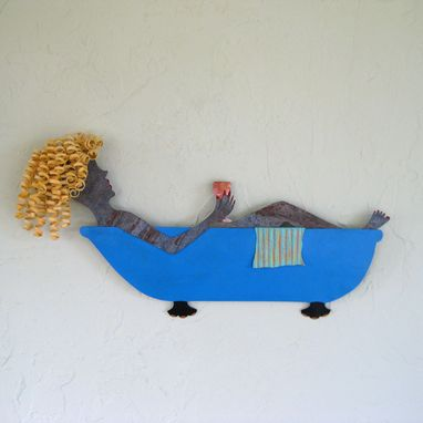 Custom Made Art Metal Wall Decor Bathtub Lady Recycled Metal Wall Sculpture Bathroom Decor Blonde