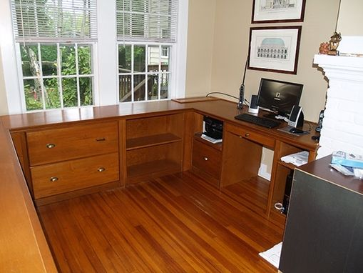Custom Made Custom Home Offices