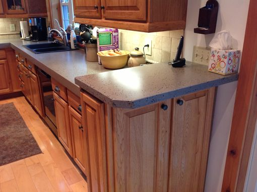 Custom Made Modern Kitchen With 3 Inch Thick Countertops