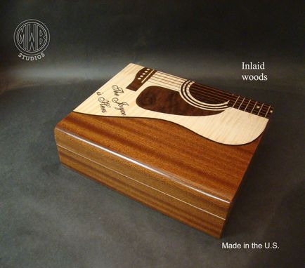 Custom Made Personalized Custom Humidor With Inlay.  Hd24 Free Shipping