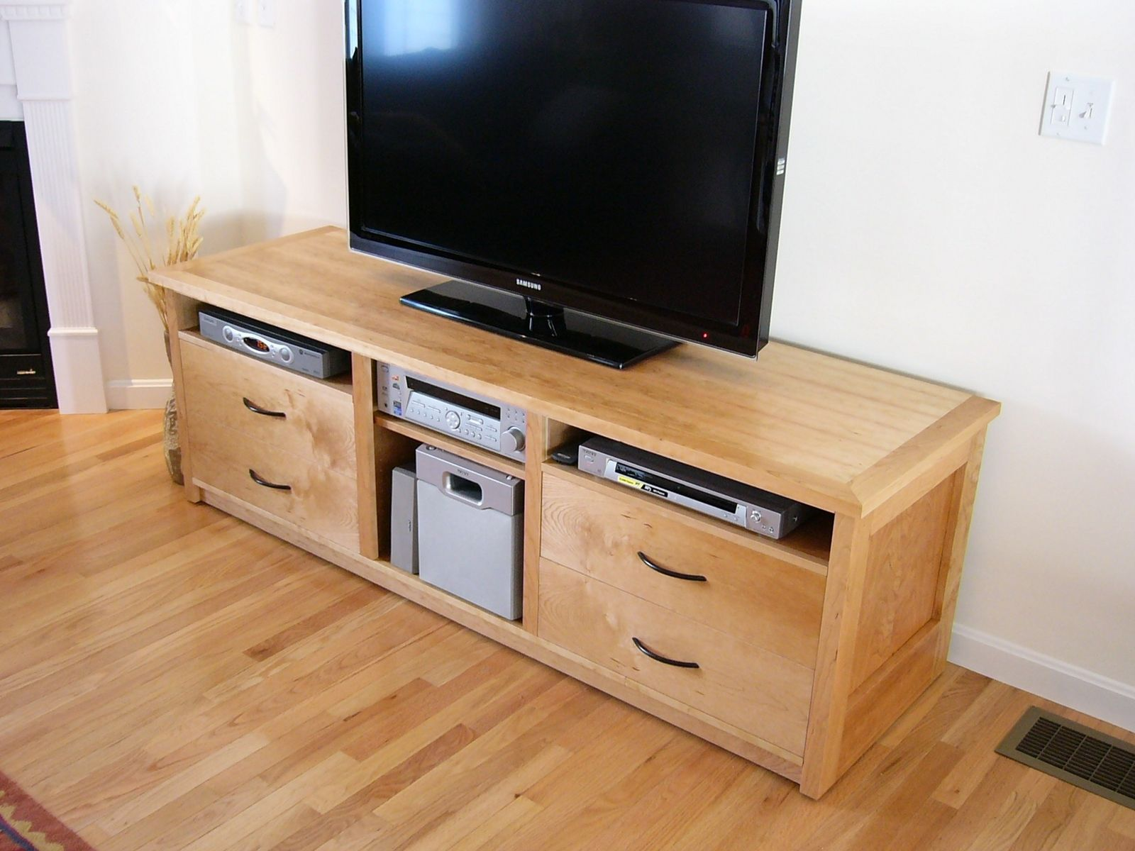 handmade entertainment center by fine wood crafting. Black Bedroom Furniture Sets. Home Design Ideas