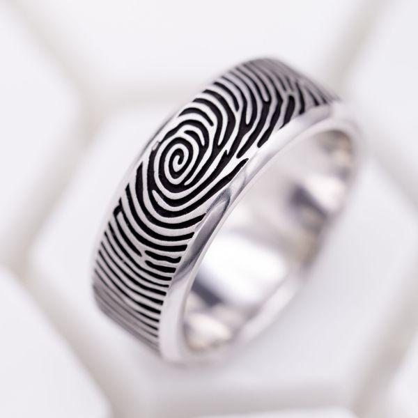 dfd10bec602 Custom Men s Rings