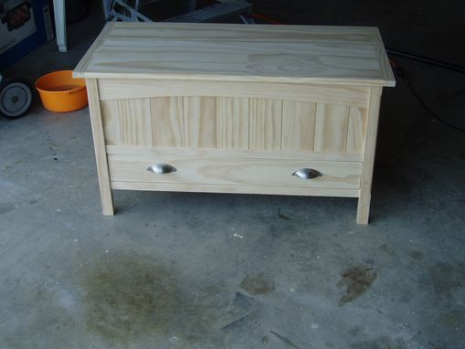 Custom Made Blanket Chest - Pine With Cedar Lining