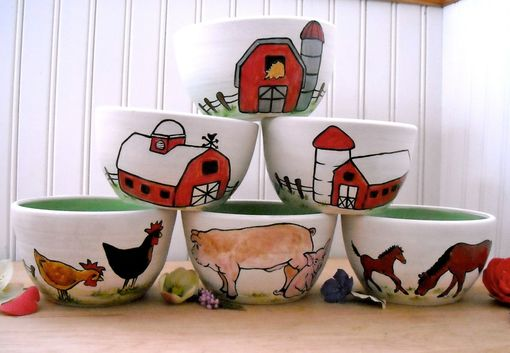 Hand Crafted Ceramic Pottery Custom Farm Animal Barn Bowl