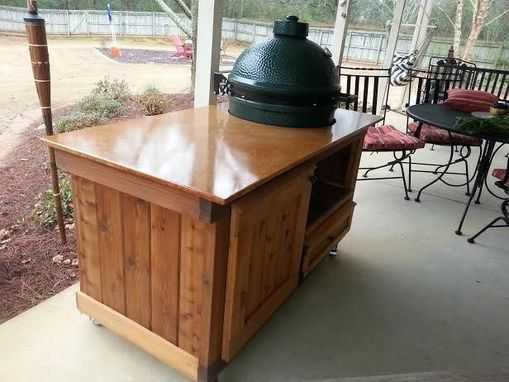 Custom Made Tank Collection Big Green Egg Table