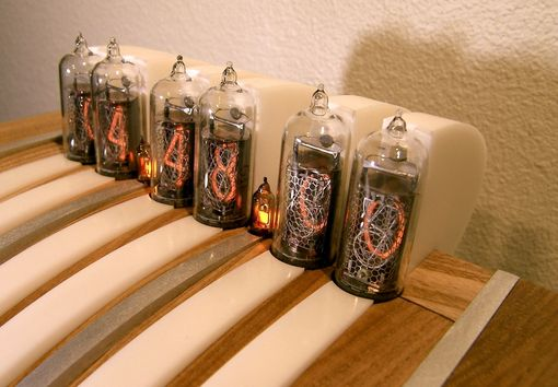Custom Made Aero Nixie Tube Clock