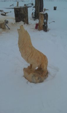Custom Made Howling Wolf Sculpture