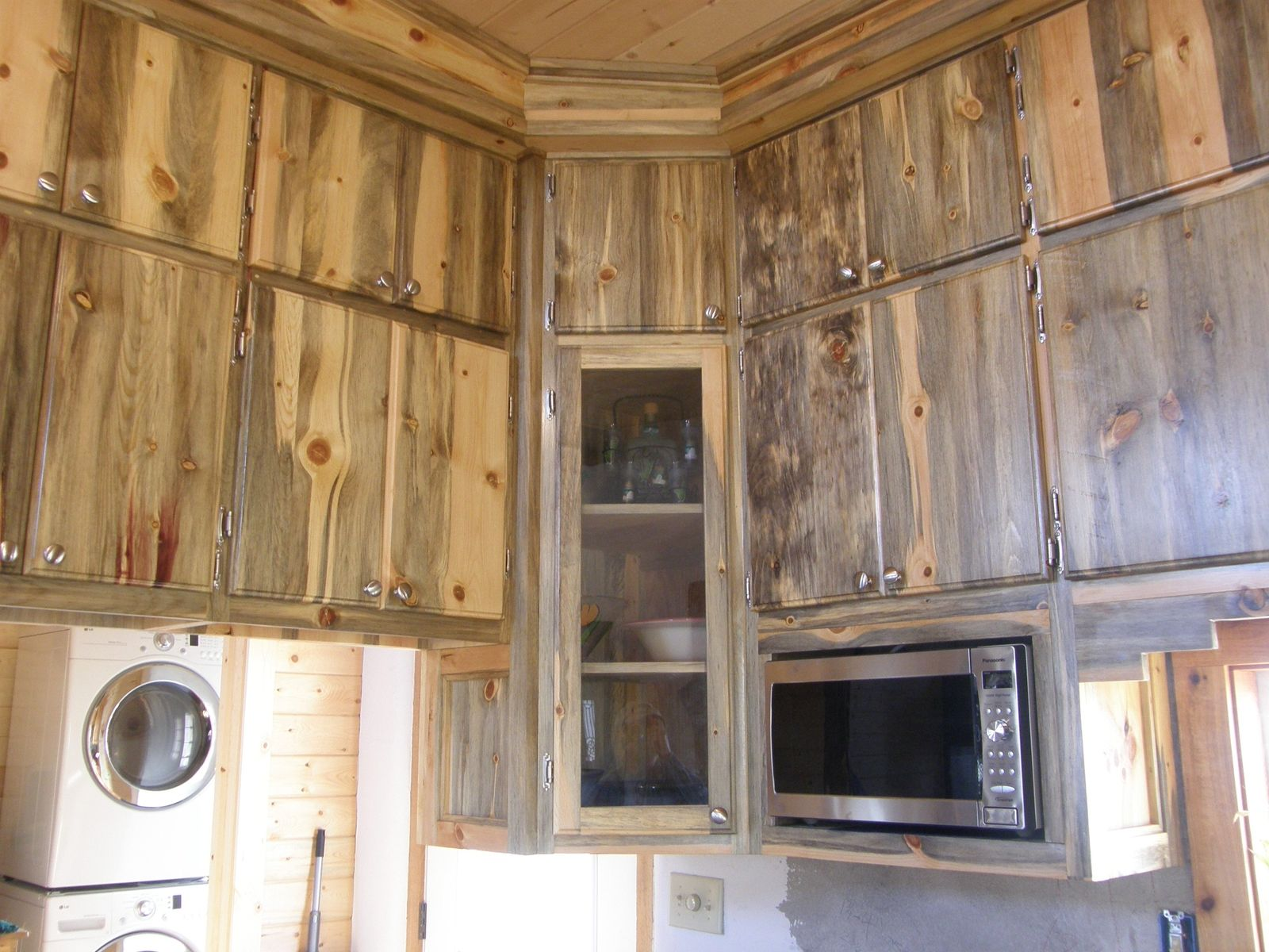 Kitchen Bars Made Of Wood