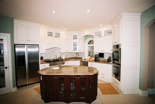 Custom Made Kitchen 36