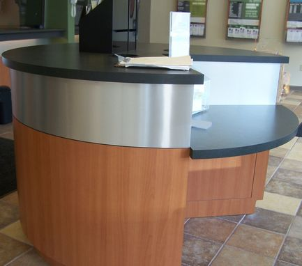 Custom Made Radius (Round) Desk