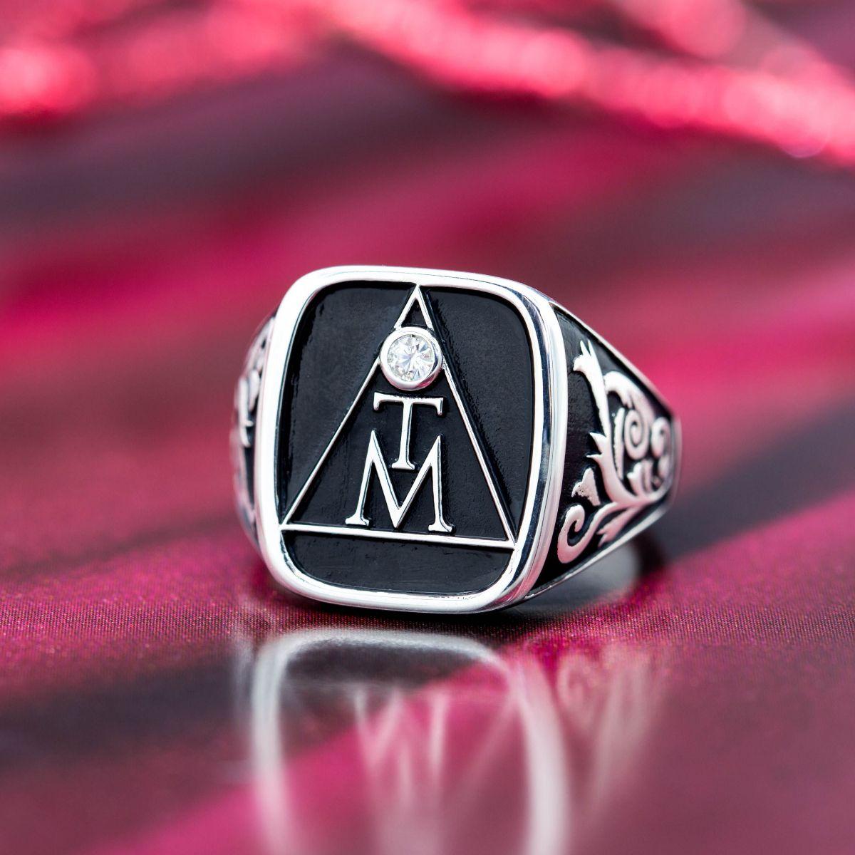 Design Your Own Ring: Design Your Own Monogram Signet