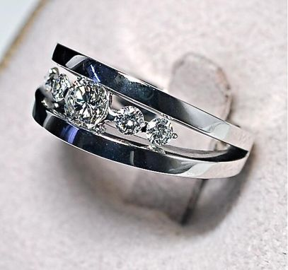 Custom Made Beautiful Diamond Ring