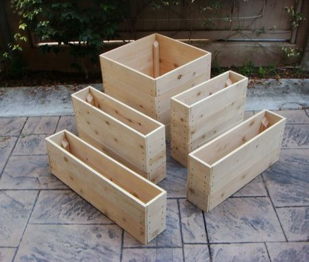 Hand Crafted Wood Planter Quot Cascade Quot 36 X 36 X 20 Inch