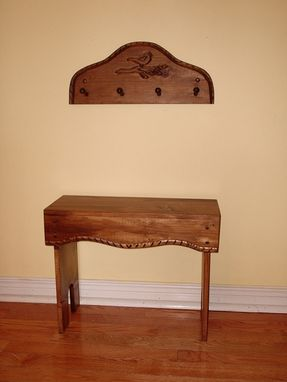 Custom Made Kelly, The Pine, Wood Bench