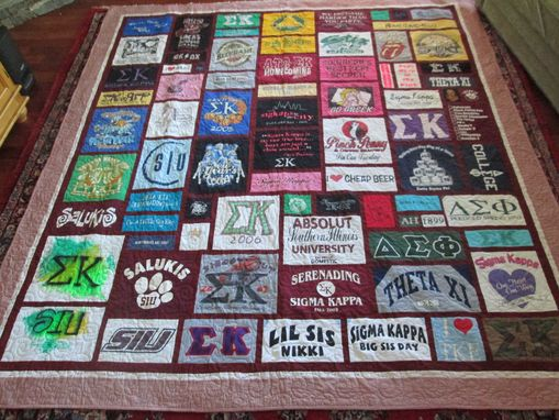Custom Made King Size T Shirt/Memory Quilt