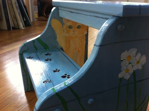Custom Made Stepping Stool With Kittens