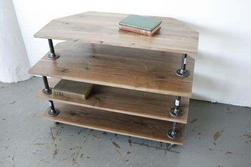 Custom Made Scøut Console Media Table