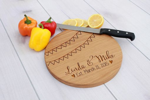 Custom Made Personalized Cutting Board, Engraved Cutting Board, Custom Wedding Gift – Cbr-Wo-Lindamike