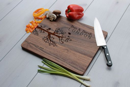Custom Made Personalized Cutting Board, Engraved Cutting Board, Custom Wedding Gift – Cb-Wal-Bensarahlondon