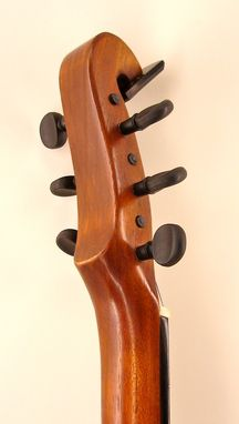 Custom Made 6 String Classic Model Banjola