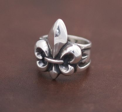 Custom Made Fleur De Lis Ring