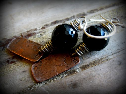 Custom Made Black Faceted Agate Gemstone Bead With Etched Copper Metal Dangling Earrings