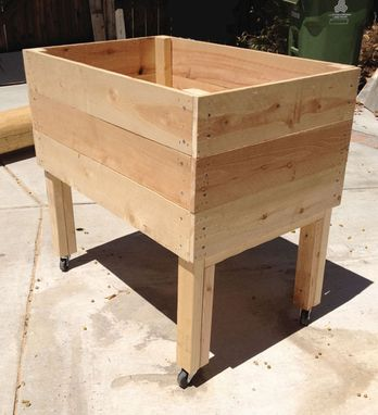 Custom Made Mini Jumbo Portable Elevated Planter