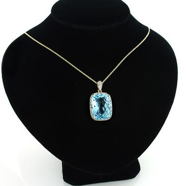 Custom Made Brilliant Blue Topaz Gemstone Pendant