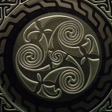 Custom Made Sandblasted Celtic Spiral Key Pattern Art Glass Decorative Coaster