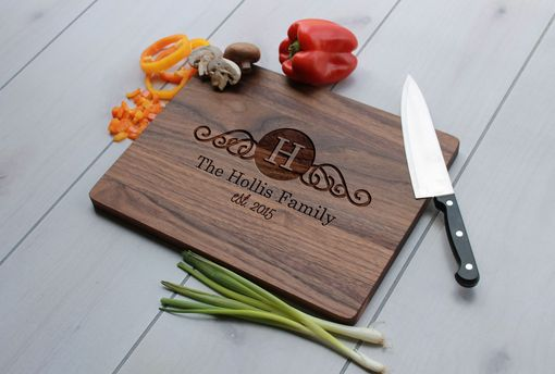 Custom Made Personalized Cutting Board, Engraved Cutting Board, Custom Wedding Gift – Cb-Wal-Hollis Family