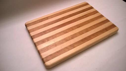Custom Made Maple And Cherry Edge Grain Cutting Board