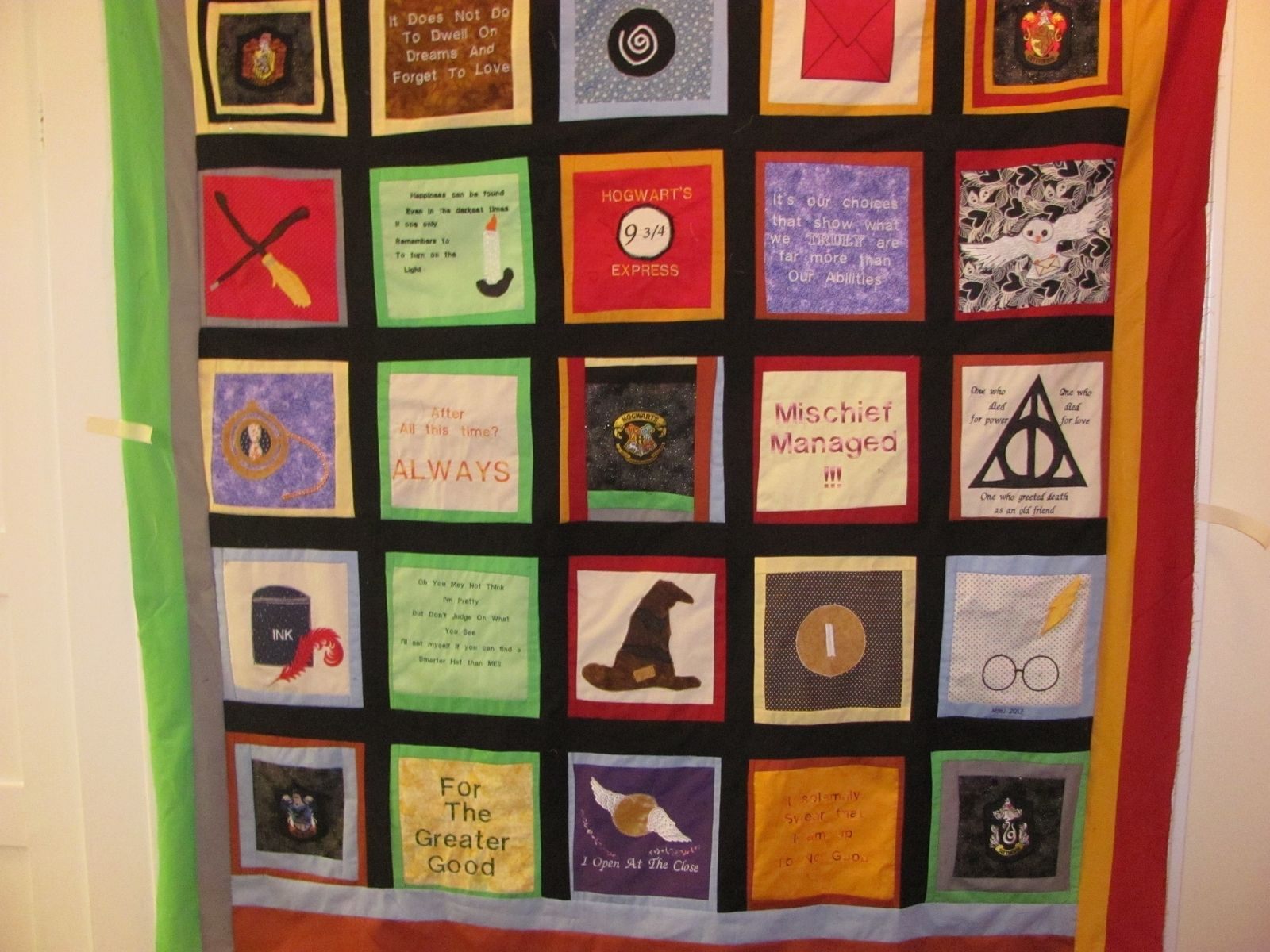 Hand Crafted Harry Potter Quilt by Mimi's Quilts | CustomMade.com : harry potter quilt - Adamdwight.com
