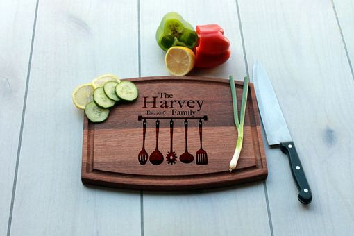Custom Made Personalized Cutting Board, Engraved Cutting Board, Custom Wedding Gift – Cba-Mah-Harvey