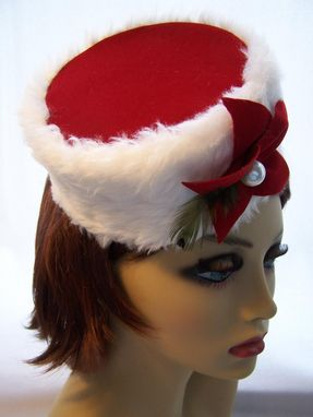 Custom Made Holiday Pillbox In Red Velvet And White Faux Fur