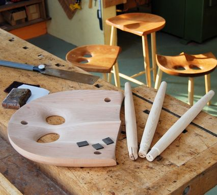 Custom Made The Owl Stool Kit 18""