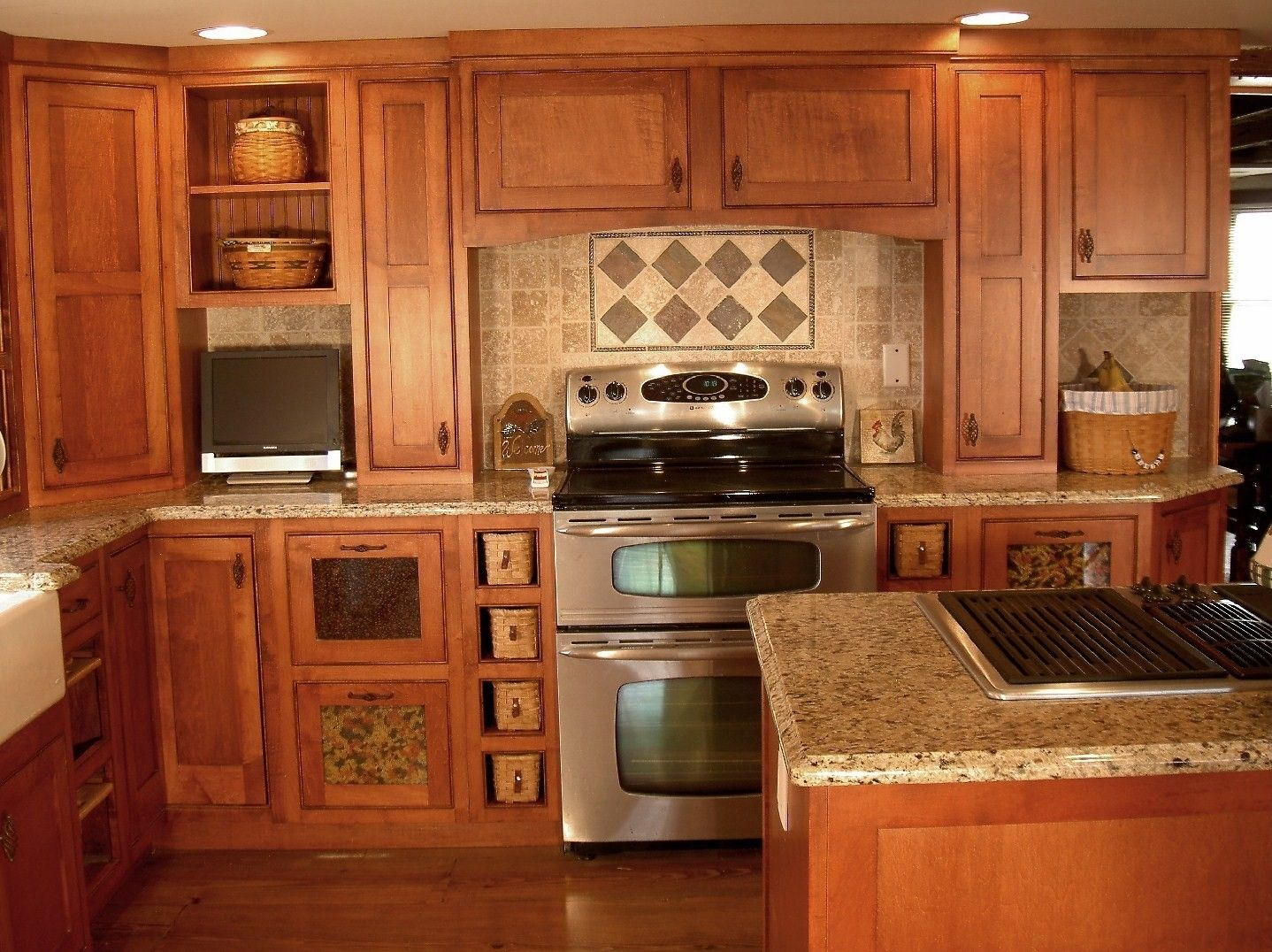Custom country shaker style kitchen by london grove for Shaker style kitchen units