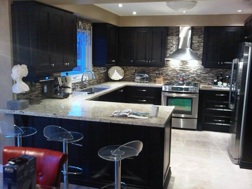 Custom Made Aurora, Bathroom And Kitchen Reno