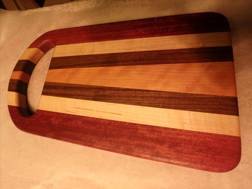Custom Made Edgegrain Cutting Board W/ Handle