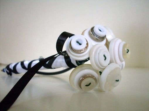 Custom Made White Button Bouquet Guest Book Pen