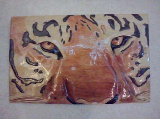Custom Made Siberian Tiger-Relief Carving