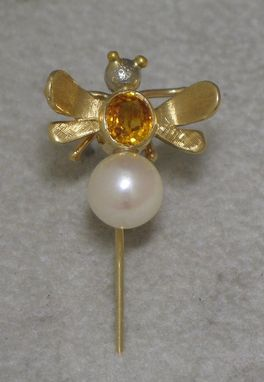 Custom Made Yellow Sapphire And Pearl Pin