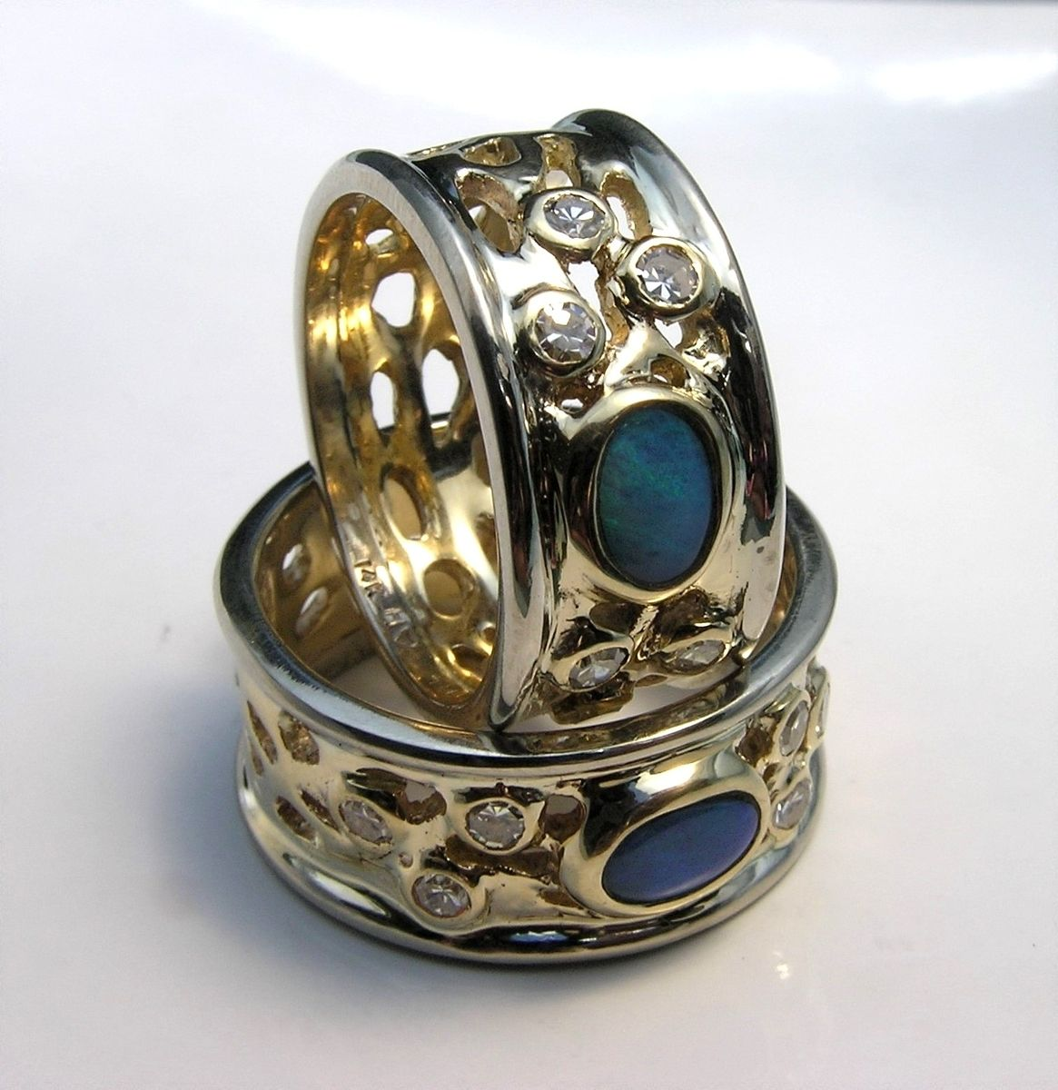 wide band rings with gemstones qf24 advancedmassagebysara. Black Bedroom Furniture Sets. Home Design Ideas