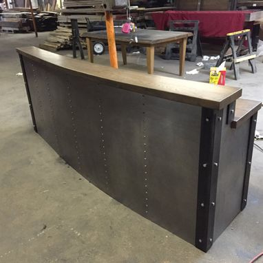 Custom Made Restaurant/Business Sleek Metal Front Desk/Reception Desk