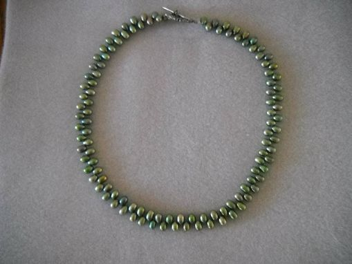 Custom Made Green Teardrop Pearl Necklace
