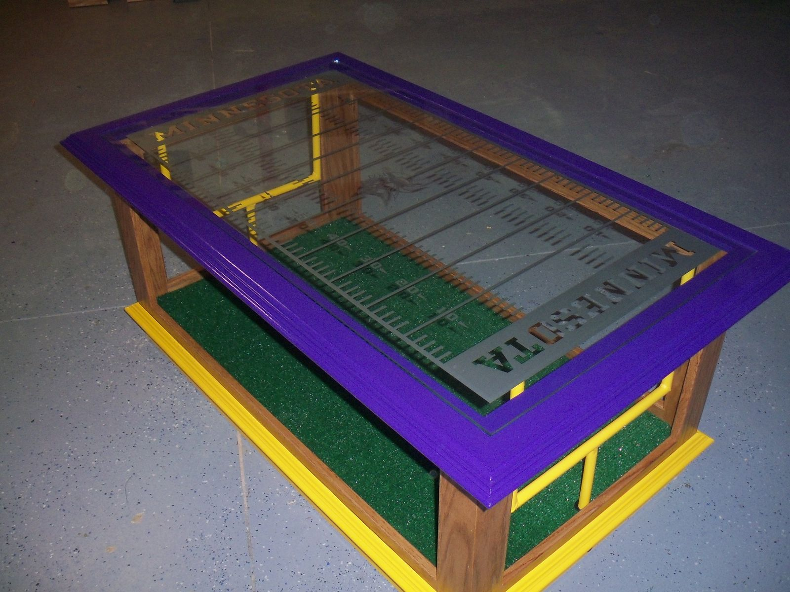 custom nfl coffee table by woods by designs. Black Bedroom Furniture Sets. Home Design Ideas