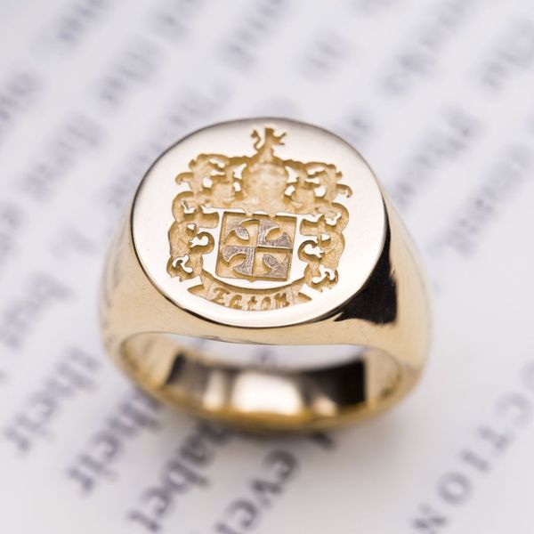 Custom Signet Rings, Family Crest Rings & Coat of Arms ...