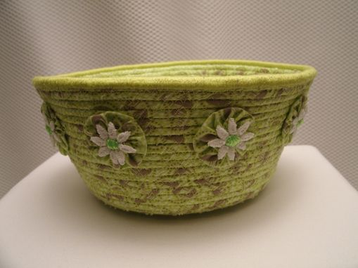 Custom Made Fabric Bowl. Fabric Hand-Wrapped Over Clothesline. Medium Round. Green. Yoyo Accents