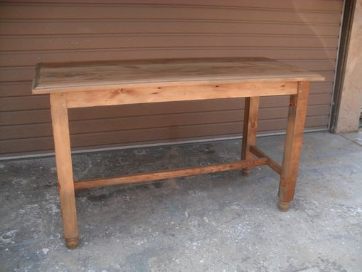 Custom Made Reclaimed Wood Gathering Table Custom Made In The Usa From Reclaimed Wood