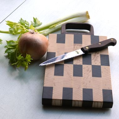 Custom Made End Grain Maple & Walnut Cutting Board With Handle